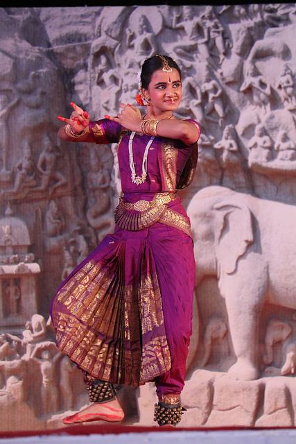 Bharata Natyam Dance. Photo by Arian Zwegers